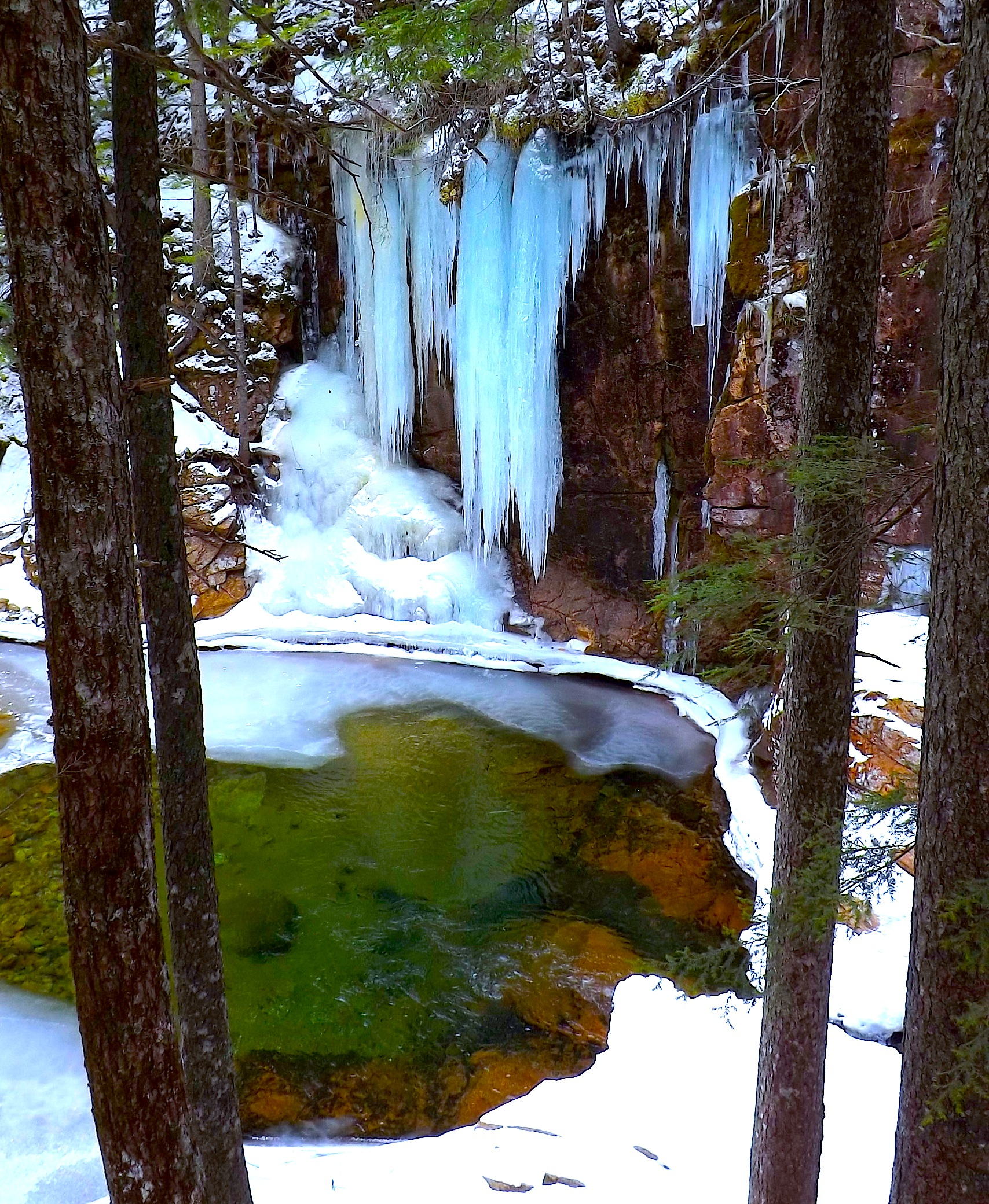 ================================================================================================================================================================ICICLES AND SABBADAY POOL